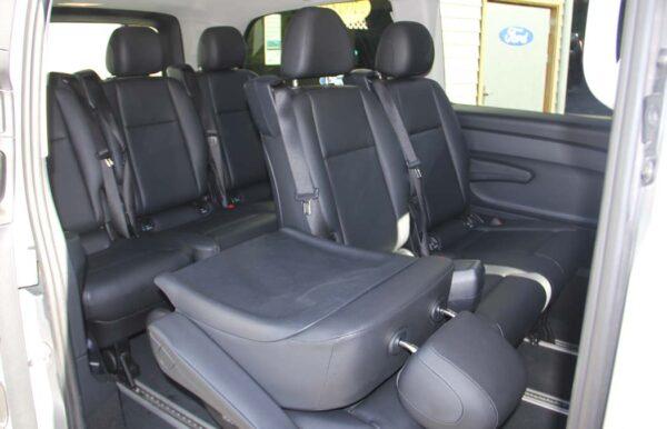 Mercedes-Benz vito silber Passagierraum