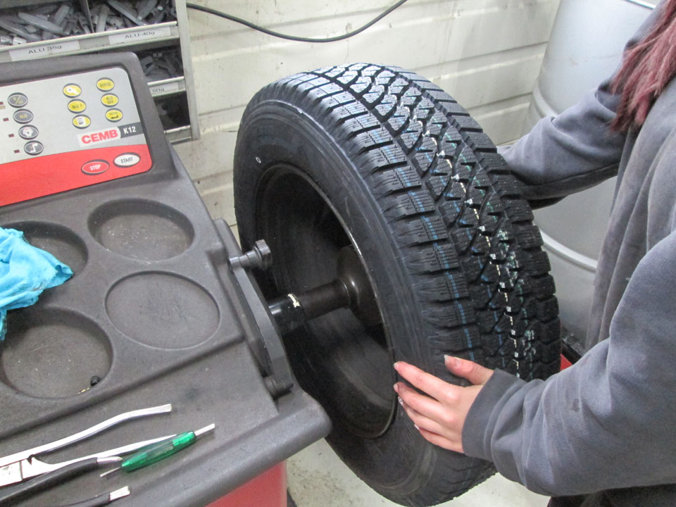 Reifenwechsel auswuchten
